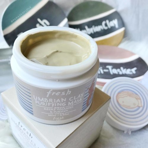 """<div class=""""photoCaption"""">@freshbeauty Umbrian Clay Purifying Mask, a multi-functional treatment for normal to oily skin. This instant purifying mask can also be used as a daily deep cleanser or to minimise small imperfections. Used it to  really reduce appearance of pores and I find that it helps mattify the skin without drying out my complexion. - - #Fresh #FreshBeauty #FreshSG #UmbrianClay #Multitasker #skincaretalk #skincarepicks #skincaremenu #masktime #mask #claymask #purifyingmask #washoffmask #skincarejunkie #clozette #skincare</div>"""