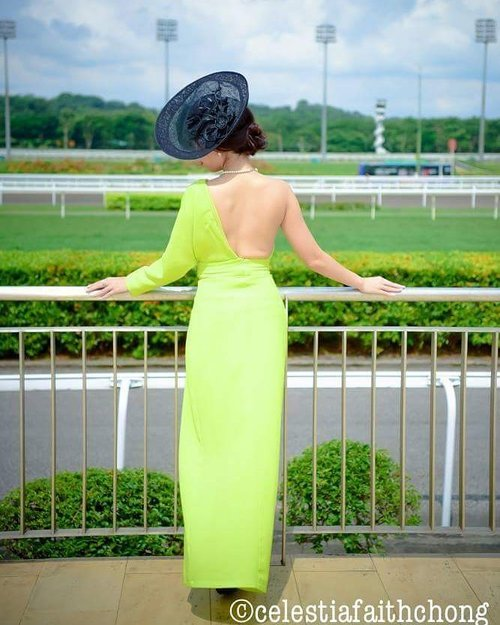 "<div class=""photoCaption"">Read about my experience on the 22nd edition of the Emirates Singapore Derby on  Sunday 9th July 2017,one of the most prestigious and anticipated events on the local racing calendar with the thoroughbreds vying for the $1.15 million prize money.  Thank you Singapore Turf Club for your invitation!  http://msbabelovebebes.blogspot.sg/2017/07/emirates-singapore-derby-2017-singapore.html  Special thanks to: Hydra Facial & Slimming: Face, Body & Skin Aesthetics Medical Centre Makeup/Hairstyling: Esta Hsu Bling Nails: Dear Princess Beauty Salon Tokyo Eyebrow embroidery/Hair Removal: Beauty Recipe Aesthetics - Semi Permanent Makeup, Lashes, Training Phyto Hair Products : Beauty By Nature @ Vivocity Lierac Premium Skincare: Beauty By Nature Serums : V10plus Lash : Lash Regrowth Hair Salon: Charles D. Tan Headlines Hairdressing Image Styling: Ministry of Image Consultancy Photography: Macrostudios  #EmiratesSGDerby #SGTurfClub #luxury #fascinators #glam  #influencer #celestiafaithchong #msbabelovebebes #fashionista #imagecoach #clozette #starclozetter #FBSambassador #facebodyskin #youngshineclinic #acmeclinic #acmesculpture #v10plus #headlineshairdressing #beautybynature #phyto #lashregrowth #lierac</div>"