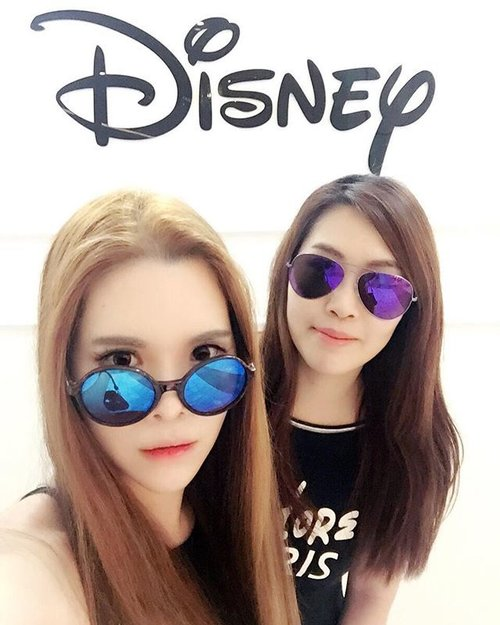 """<div class=""""photoCaption"""">💋 It's the times we're so crazy, that people think we're high. It's the times we laugh so hard, we can't help but cry. It's all the inside jokes and """"remember whens"""". those are all the reasons that we're best friends! 💋 #selfie #clozette #OOTDMagazineMY #MissSelfieMy #missselfridgemy</div>"""