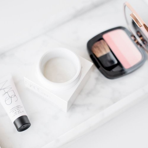 """<div class=""""photoCaption"""">New moisturiser alert! Find out on my blog of you should invest in this gel moisturiser from @narsissist. • On another note, Royan is so awesome! The games are great, the spirit is awesome and the beach is perfect! This is such a perfect summer, I don't want it to end. • Visited the marché this morning and bought some fresh fruits and produce for today's / tomorrow's dinner. I think I might need to take a short coffee break for now, or a siest - We've got 2 more games this afternoon (against Netherlands and Ukraine) and I wanna be there for both! • Last night was terribly warm and I had to sleep on the couch under the stars for a bit to """"profiter"""" the cool night breeze. No air con, but no traffic noise either. I can never get enough of the quiet. • All the action is live on my Insta Stories, so check that out if you haven't already. • Bisou bisou, à tout à l'heure!!</div>"""