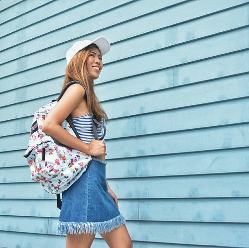 """<div class=""""photoCaption"""">It's back to school and Jansport has just launched their Disney collection. Visit @bratpackstore in Ayala Center Cebu and Robinsons Galleria, and @thetravelclub in SM City Cebu, to get a glimpse of their newest Disney collection!</div>"""