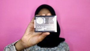 Yuhuu this is #minitutorial dari look aku sebelumnyaa, cuma beda warna lipstick🙈 ..Details:facemoist - @cliniqueindonesia primer - @makeoverid foundation - @lorealindonesiapowder - @makeoverid blush - @eminacosmetics highlight - @beautycreations.cosmetics eyesbrow - @nyxcosmetics_indonesiaeyeshadow - @beautycreations.cosmetics mascara - @maybelline lip - @fanbocosmetics ...............#bloggirls.id #setterspace #bunnyneedsmakeup #CChannelbeautyID #bvloggerid  #wakeupandmakeup #popbelaBeauty #like4likes  #makeupformakeuplovers #simplemakeup #beautyfeatid #beautycollabid #GirlsCreationID #effortlessmakeup #makeuphits #nomakeuplook #tutorialmakeup #beautyguruindonesia  #beutysecretsquad #tipscantik  #clozetteid@setterspace @indobeautygram @indobeautygram @beautycollab.id @beautygoers @beautychannel.id @beautyranger.id@beautyguruindonesia@kbbvbyacb @nusantaramood@bloggermafia @tampilcantik @popbela.beauty@tips_kecantikan