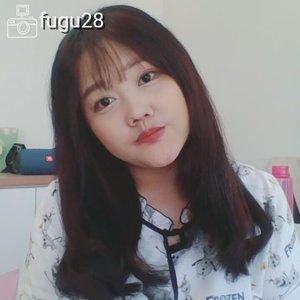 Yak! This is my new video  Tutorial How to make Korean Big Curly Hair Style. . Full video on my youtube! . in this video I used: @heydeuxyeoza_official Day Treatment  Buy at http://hicharis.net/shashidiana/5xg . @eyecandy_co_kr Rainbow S Brush  Buy at http://hicharis.net/shashidiana/61P . . @elonaworld Maa Zee Na Hot Brush iron buy at their ig or LINE ID  @elonaworld . . Tags :  #ブロガー #いいね #フォロー返す #相互フォロー #相互フォロー100 #ネットアイドル #ビューティー #ヘアスタイル #いいねおねがいします #メイクアップ #フォロワー募集 #beauty #美人 #いいねおねがいします #いいねした人で気になった人フォロー #いいねお願いします🙏 #いいねお願いします #いいね歓迎 #lfl #lfl💛 #ヘアスタイル #hairstyle #catokan #curlyiron #cloZetteid #kbbvmember #girlscreationid #cchannelbeautyid #charisceleb #hicharis