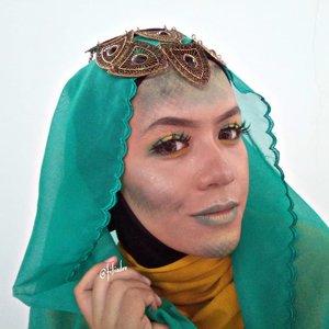 "I present to you ""Nyi Blorong Syar'i"" 😁✌️. This is our Halloween Makeup Look yang berkolaborasi dengan @beautyranger.id . Yang mau kepo Swipe untuk lihat semua looknyaaa! 💃. @lushinta_@elsaliora@nelly_uty@radenayublog@tamioktari@Picme07@noviawids@dwinov89@gadishayu@selvinamakeup_@viey_septiyan@Zahrarimbayu@Intaniaptrm@ria_ariefiana@elysetyowati_@byageha@lelyyrahmaa_@linglingnrg@Jona_pottger@Fadilafebb@Iragunawan04@ikadevita@ernitagst@cherly_mae@wiluwae@Rositagitaaa@Filiadev@mala.a22@nab.nn_@winnie_angeline@revanisanabella@inii.nadia_. #Beautyranger #BeautyRangerCollab #RangerHalloween #BRXKILABEAUTYBYRF.#halloween #halloweenmakeup #makeup #makeuptoday #makeover #makeupaddict #makeuplover #makeupjunkie #makeupenthusiast #makeupporn #ponorogomakeup #makeupponorogo #muaponorogo #infomakeupponorogo #ponorogohits #ponorogohitz #clozetteid #filiadevmakeup #filiadev"