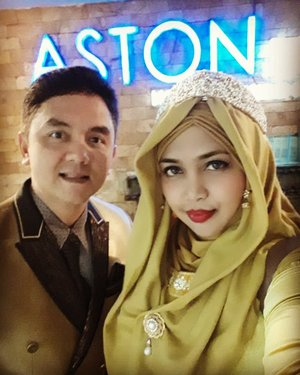 LATEPOST: #goldy in #style . One night at #AstonBraga #Residence  with our #family  before we left #Bandung .---------#clozetteid #nhkkawaii #modestfashion #modestwear #hijabtraveler #hubbyandwifey #classy #Eid1439H