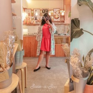 My favorite place and i ♥️ @bakeaboo  #ootdindo #outfitoftheday #lookoftheday #fashion #fashiongram  #clothes #wiw  #instafashion #outfitpost #ootdfashion  #ootd #todaysoutfit #fashiondiaries #clozetteid