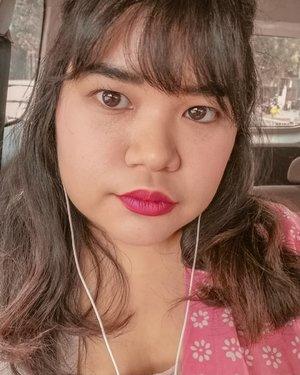Selfie dibuang sayang 🧜♀️ #makeup #beauty #makeupaddict #makeupjunkie #motd  #makeuplover  #instamakeup #wakeupandmakeup #ragamkecantikan #hairstyle  #bloggerceria #bloggerceriaid #beautyblogger #beautyenthusiast #skincare  #nomakeupmakeup #freckles  #clozette #clozetteid