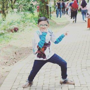 Anak kecil ini udah agak mendingan, alhamdulillah 💞 makasi Om tante kakak online buat doa-doanya 🙏 #darelladhibrata #kidsofinstagram #clozetteid #mysonismyworld #kidshairstyles #kidsfashion #kidstyle #myeverything