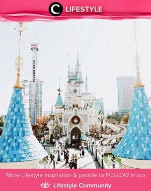 Jika di Jepang ada Disneyland, di Seoul ada Lotte World yang nggak kalah serunya. Simak Lifestyle Updates ala clozetters lainnya hari ini di Lifestyle Community. Image shared by Clozette Ambassador @ollyvialaura. Yuk, share juga momen favoritmu.