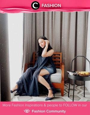 Clozetter @btariskr enjoyed her short staycation in comfy slit top and shorts. Simak Fashion Update ala clozetters lainnya hari ini di Fashion Community. Yuk, share outfit favorit kamu bersama Clozette.