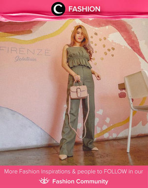 Clozette Ambassador @ellenstevani was rockin' tonal dressing trend in olive color and we love it! Simak Fashion Update ala clozetters lainnya hari ini di Fashion Community. Yuk, share outfit favorit kamu bersama Clozette.