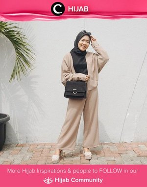 Looking elegant with neutral color combos! Simak inspirasi gaya Hijab dari para Clozetters hari ini di Hijab Community. Image shared by Clozetter : @dessydyl. Yuk, share juga gaya hijab andalan kamu.