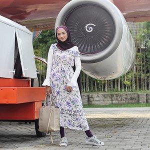 What a 💜ly day with 👗from @somethingborrowed_official📷 @onazz_trackvoice..#hotd #hijaboftheday #hijablook #hijabstyle #stylehijab #stylista #style #stylediary #styleoftheday #ootdmagazine #ootdshare #ootdindo #ootd #outfitoftheday #outfitinspiration #outfitinspo #fashiondiary #fashionhijab #fashion #whatiwore #whatiweartoday #wiw #wiwt #instastyle #instafashion #dress #clozetteID #ZaloraStyleEdit