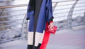 Color block abaya for Modern girls - Girls Hijab Style & Hijab Fashion Ideas