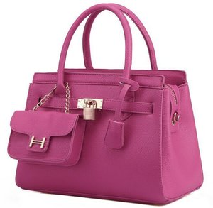 Wish List - Nice pink bag with cute little bag :)))