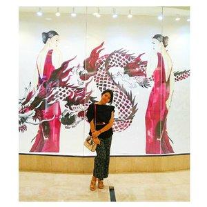 Ada yang request upload photo ini 😂😉 📷 by @ryanaambarwati . . . . . . #OOTD #BlackOnBlack #Style #ClozetteID #likeforlike