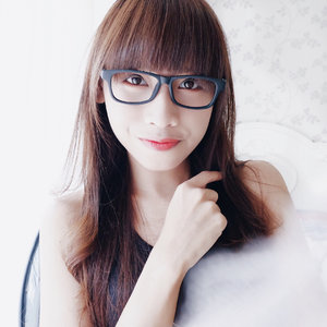 A valuable woman — is always increasing HER WORTH 🌻 . . . #clozetteid  #portraitphotography #potd  #ootd  #ootdstyle  #ootdshare  #ootdfashion  #fashion  #fashionist  #style  #blogger  #bloggerindo  #influencer  #뷰티블로거 #대한민국 #서울 #제주 #유행 #라이프스타일 #구성하다