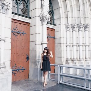 One day, I will leave and never come back, and that day, you will cry the most 🌻 . . . #clozetteid  #potd  #ootd  #ootdfashion  #ootdshare  #church  #churchoutfit  #churchflow  #blessings  #sunday  #sundaymotivation  #blogger  #bloggerlife  #bloggersurabaya  #bloggerjakarta  #influencer