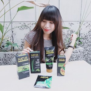 "Thick hair?Isn't impossible again 😍-Lately, aku lagi seneng banget pake @backtonatur aloe vera series, krn bisa stimulasi rambut"" baru buat tebel. Aplg rambut aku super tipis banget 😕-Best product aku sih @backtonatur Aloe Vera hair tonic 😍 sdh praktis bentuknya spray, lalu butirannya kecil"", jd bs lgsg menyebar satu kepala 😍.You must try it !Me and my friend already prove the good formula of @backtonatur 🌻...#clozetteid #potd #ootd #ootdfash #ootdfashion #ootdshare #nature #natureshampoo #naturehairtonic #haircare #hairtreatment #hairstylist #blogger #bloggerlife #bloggersurabaya #bloggerjakarta #influencer"