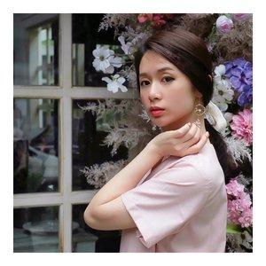 Always wear earrings at the very last  Earring by @wearring.id  Lip Cushion @eminacosmetics #BeCherry  #cute #earrings #accesorios #fashion #style #asiangirl  #LYKEambassador #indobeautygram #beautybloggerid #beautybloggerindo #charisceleb #clozetteid #beautynesiamember #charisceleb #hicharis #beautifuljournal