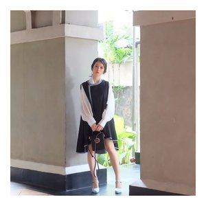 My style.. 😀  White top @array.id  Outer @the.three.sense  Shoes @minkashoes  #ootd #outfit #lookbook #style #styleoutfit #koreanstyle #clozetteid #lookbookindo #lookbook #styleblogger