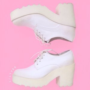 White shoes is always the cutest!