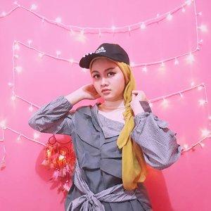 Besok senin?Oke siap bos 😎#clozetteID #fashionhijab #fashion #fashionable #fashionkorea #fashionblogger #Beautiesquad #dufan #ootdhijab #OOTD #hijapstyle #hijapstyle #inspirasiootdberhijab #dailyhijabootd #MauGayaItuGampang