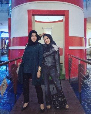 Meet up sebelum nyonya ini jalan jalan lagi...liburan teroooss yaaak😅@antiegumulya ...#ClozetteID #personalblogger #personalblog #indonesianblogger #likeforlikes