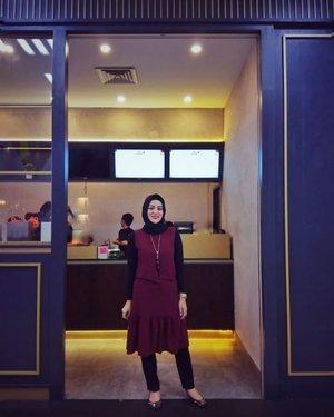 Jarang2 foto senyum kliatan gigi bgini. Kenapa ?? Karna gak pernah pede sama gigi gingsulnya. 😁😁....#ClozetteID  #ShoxSquad #personalblogger #personalblog #indonesianblogger #lifestyleblog #Hijab #likeforlikes