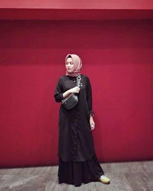 Sekarng kalo jalan2 wiken lebih nyaman pake dress or skirt plus tunic. 🤗....#ClozetteID #personalblogger #personalblog #indonesianblogger #lifestyleblog #Hijab #likeforlikes