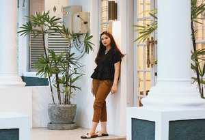 I'm wearing Polka V Top in Black and pair it with Skinny Trouser Pants in Choco from @liviaclothingline! Really love the cutting and the cute design of the top. Skinny trouser pants also one of my favorite piece, it will make your leg slim and i really want to have all colors! #iwearLCL . . . . #clozetteid #ootd #ootdindo #lookbook #lookbookindonesia #lifestyleblogger #fashion #blogger #fashionblogger #wiwt #potd #vscocam #eosm10 #lovelife #instagood #streetstyle #potd #eosmdiaries #ggrep #ggrepstyle #cgstreetstyle #streetfashion #setterspace