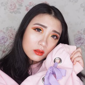 First time doing Cut Crease, yay or Nay??? Makeup Highlight: - 👀eyeshadow 'Cute AF' from @colourpop - 👄Lippie Velvet Impression from @aperirecosmetics @charis_official . - Blush Miss Me & Love Me @aconcept_kr - Lense👀 @x2softlense Sanso(산소) in Onyx Purchase my Lip product, Blush on and all of my makeup collection in my @charisofficial website-> hicharis.net/deahamdan . Happy Shopping💖💖 . . . . . . @indobeautygram @bvlogger.id @indovidgram  #IVGbeauty#indobeautygram #indovidgram #beautymood#asianvlogger #clozetteid  #makeupartist #mua#instamakeupartist  #makeuppower #beautyaddict #eotd#makeuptutorial#wakeupandmakeup #featuremuas#undiscovered_muas #beautyblogger #beautyvlogger#youtuber #indonesianyoutuber #beautyvideo#makeuptutorial #skincare @awesomemakeup @makeup_up #powerofmakeup @powerofmakeup @limitart @tampilcantik #tampilcantik #sonyforher @sonyforher