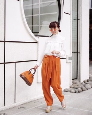 How's your weekend so far? 🍑🍊🍑🍊use my PROMO CODE  ZALORAXSTEVIE at @zaloraid to get 15% off your purchases 💕tap for #deets . . . . . . #steviewears #collabwithstevie #sonyforher #style #ootd #zalorastyleedit #zalorasquad #zaloraid