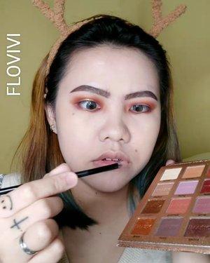 Bronzy Makeup . Deets : • Aloe vera Spray @naturerepublic.id • Skincare @astalift_indonesia • Primer @catrice.cosmetic • CC Cream @lakmemakeup @lakmeprgirl • Eyebrows Sheetheart & @maybelline • Eyeshadow palette @nesbeautystudio • Eyeliner @sophie.paris.id • Eyelashes @the.flashes • Bronzer @benefitindonesia • Blush @lakmemakeup @lakmeprgirl • Highlighter iMagic Palette • Lipcream @volia.id Manhattan • Softlens @zendiixsoftlens Briller . . . . . . . . . . . . . . #makeup #makeuptutorial  #wakeupandmakeup #tutorialmakeup  #clozetteID #flovivi #makeupvideo #inspirasicantikmu #muajakarta #makeupoftheday #makeupforbarbies #ragamkecantikan #mua #aestheticmakeup #kawaiimakeup #likeforlike #tampilcantik #beautybloggerindonesia  #bvloggerid #indobeautygram #ivgbeauty #bunnyneedsmakeup #hudabeauty #belajarmakeup  #tutorialmakeuplg Jangan nyolong hashtag dong... Mendingan minta drpd copas. Hehe DM aja ke gueeee @FLOVIVI ntar dikasi kok. Wkwk ✨✨✨ @bunnyneedsmakeup @beautilosophy @tampilcantik @indobeautygram @bvlogger.id @beautybloggerindonesia @indovidgram  @tips__kecantikan @wakeupandmakeup @bloggermafia @setterspace @popbela_com @zonamakeup.id @ragam_kecantikan @inspirasi_cantikmu