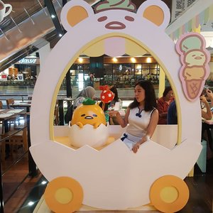 POKE!...If you haven't visit this #gudetamacafe @cafe_shirokuma at Kota Kasablanka, make it your weekend agenda! It is super cute and adorable........#cafe #jakartafoodies #foodblog #restaurant #foodreview #cafereview #culinary #Clozetteid #kuliner #kulinerjakarta #foodreview #food #fotd #jktcafe #foodblogger #pansos