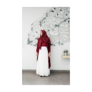 The hardest thing is not talking to someone you used to talk to every day.  Outer and tutu skirt by @casandrafashion  #ootdhijab #hijabstyle #hijablook #ootdbyedelyne #starclozetter #Clozetteid #clozetteidpotw #hijablookbook #hijab #hijaber #hijabandfashion