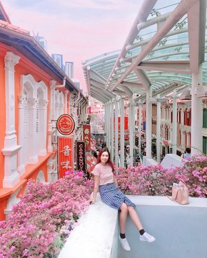 Discover an instagramable corner around China Town.Can you feel the chinesse New Year vibes 💸@visit_singapore #AbellinSG #singapore #clozetteid #cotd