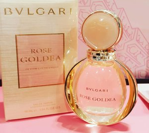 Are you parfum lovers ? it's a good news for you because now bvlgari rose goldie parfum is available at @sephoraidn 💕  #SephoraMTA #sephoraidnbeautyinfluencer #parfum #parfumlovers #bvlgari #bvlgarirosegoldea#blogger #clozetteid #cidparfume #beautyblogger #mua