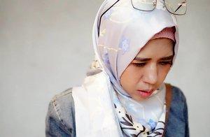 Gw ketika liat saldo rekening di akhir bulan.. 😭 Berharap invoice dan reimbursement cepat cair. Wahai sobat misqueen mana suaranyaa ??? #clozetteid #meds87 #hijab #hijabers #ootd #hotd
