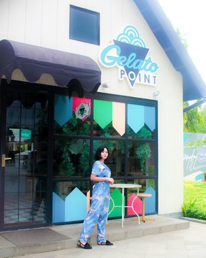 Upgrade my mood with two things : a jumpsuit pattern and fresh gelato 🏡 . . . . . . . . . . #OOTD #fashionstyle #cuteplace #hangoutplace #clozetteid