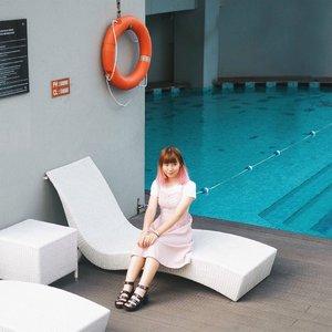 Dress like a girl once in a while 😂😂 . . . #clozetteid #fashionblogger #japobsOOTD #styleinspo #ggrep #fashionstyle #styleblogger #ootd #ootdindo #lookbookindonesia #kfashion #darlingdaily #패션 #스트릿패션 #오오티디 #今日の服 #今日のコーデ #コーデ