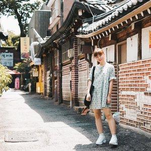 Preparing something on #bigdreamerblog 🙈 . . . #clozetteid #BigDreamerInKorea #ggrep #ktoid #travelblogger #fashionblogger #japobsOOTD #outfitoftheday #kfashion #selflove #darlingdaily #bukchonhanokvillage #seoultrip #koreatravel #exploreseoul #여행 #여행스타그램 #스트릿패션 #旅行