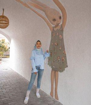 Everyone put your hand up and say Hello to Mrs.Rabbit#clozetteid #explorejogja #hijabootd #hijabfashion