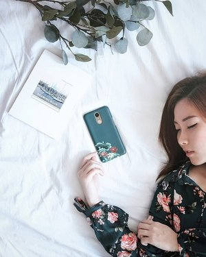 In a world full of trends, I want to remain a classic. Twinning floral pattern dress and phonecase from @beruangcase.....#endorsement #r4r #flatlay #eye #portrait #portraiture #photo #potd #photooftheday #selca #selfie #beauty #makeupartist #photo #fashionmakeup #beautyblog #girl #blogger #mua #makeupinspired #endorsement #fotd #makeup #faceoftheday #endorse #clozetteid