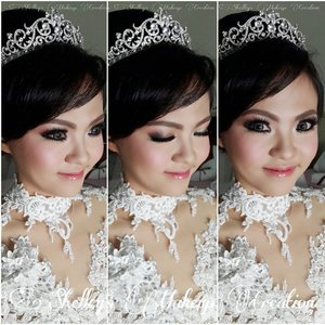 #latepost  Congratulations Kevin and Christine for the Marriage  Morning Makeup for Holy Matrimony  Makeup by @shelleymuc  HairDo by @tominjoo  Dress and tiara by Ovan Putri  @makeupatelierparis_hk @graftobianmakeup @illamasqua @madminerals @sleekmakeup  Lens: Luxury Babe by @depth_dreamie  Lips: #lipsense in #heartbreaker by @depth_dreamie  #makeup #beauty #shelleymuc #surabaya #makeupartist #mua #shelleymakeupcreation #beforeafter #clozetteID #makeover #muasurabaya #muaindonesia #bridalmakeup #bridal #wedding #weddingmakeup