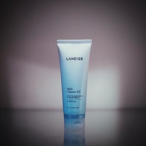 My current HG face cleanser. Perfect for traveling too because it helps clean traces of light makeup and it comes in lotion tube instead of liquid. Love the texture and formula on this one. Really cleanses off any dirt, excess oil, and makeup residue, and didn't dry out my skin 💙 . . . . . . #laneigereview #productreview #bbloggers #beautygram #skincarereview #skincarelove #skincarejunkie #facewash #rasianbeauty #kbeauty #skinessentials #skincareroutine #skincarecommunity #gowiththeglow #instablogger #clozetteid