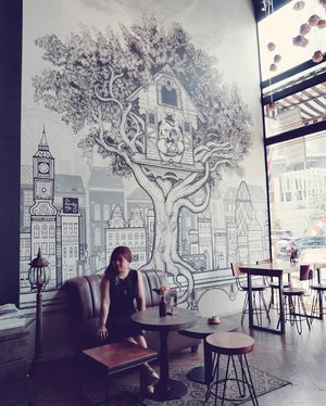 Love.  #tgif #cafe #decor #ClozetteID #beauty #carnellinstyle #lbd #bigben #ralphlauren #coffee_inst #motd #coffeeshop #potd #sephia #mural #owl