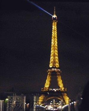 A good night, from Paris.  #traveling #Paris #eiffeltower #night #clozetteid