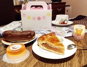 "One of #Hakodade iconic restaurant is next to @lajolie_motomachi_by_wbf hotel called Gotoken. They sell the famous Apple Pie.  It was so delicious that I finished them all right after a big dinner.  I was so full, but I can't stop. The crust was so light and spot on, the apple was sweet and still so fresh, the tanginess and sweetness level are a match made in heaven, I was so happy managing to try their number one dessert alongs with the Strawberry Mousse Jelly and Chocolate Eclair.  Definitely ""die, die, must try"". #gotoken #bestapplepie #hakodate #Hokkaido #desserts #applepie #chocolateeclair #ClozetteID #travel #summerinjapan #summervacation #Japan #love"