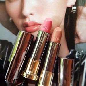 Streak of Insanity. Oh how I love these lipstick names.. #urbandecay #makeup #makeupaddict #makeupporn #makeupjunkie #instabeauty #beauty #beautyaddict #beautyjunkie #fdbeauty #motd #clozetteid #clozettedaily #clozette #lipstickoftheday #lipstick #lips #nudelips #brownlips #pinklips #pinklipstick #trend #trending #beautygram #makeuphaul #beautyhaul #makeupoftheday #selfmakeup #sephora